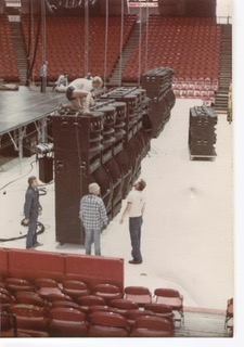 Doobie Brothers Touring System, Self Powered VIP Loudspeakers.